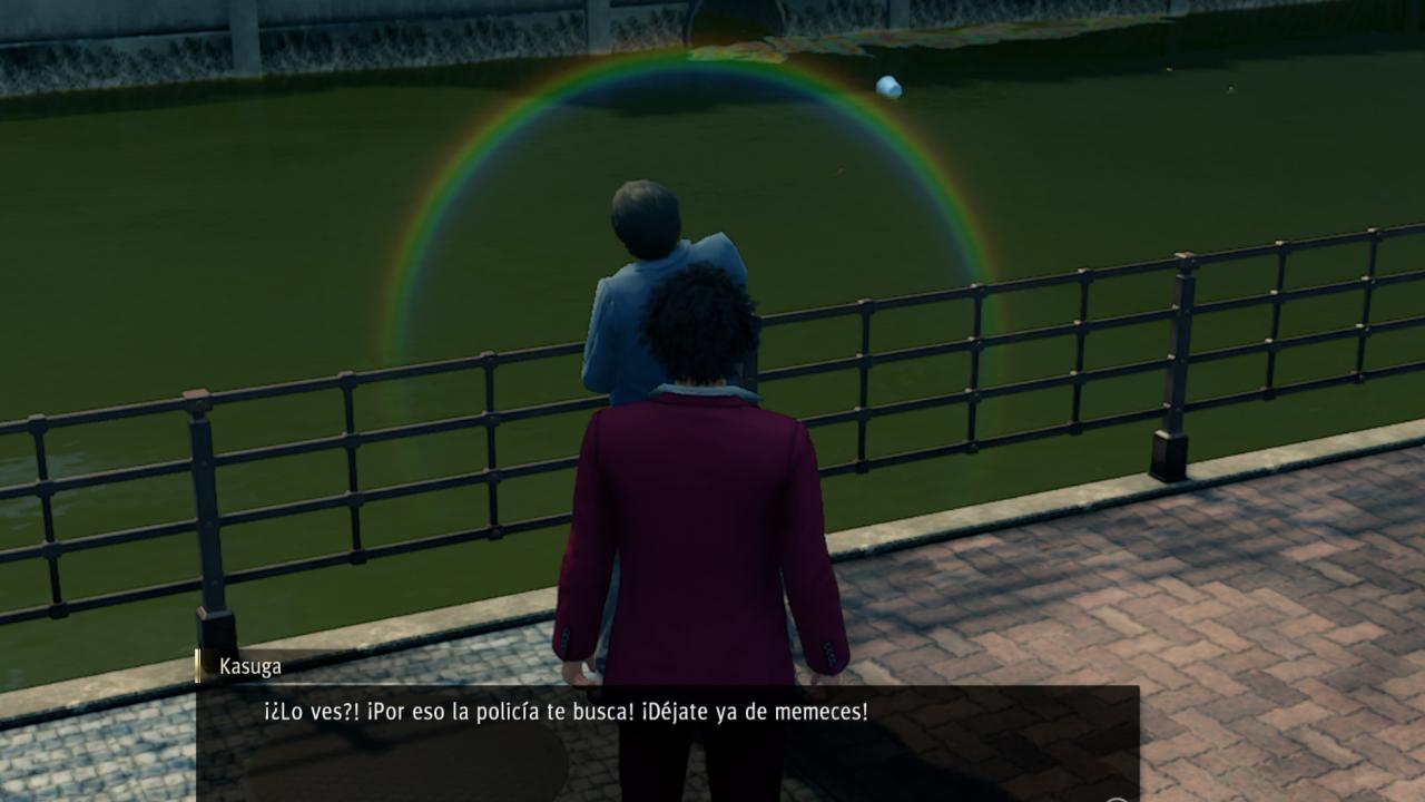 Yakuza orina en el rio